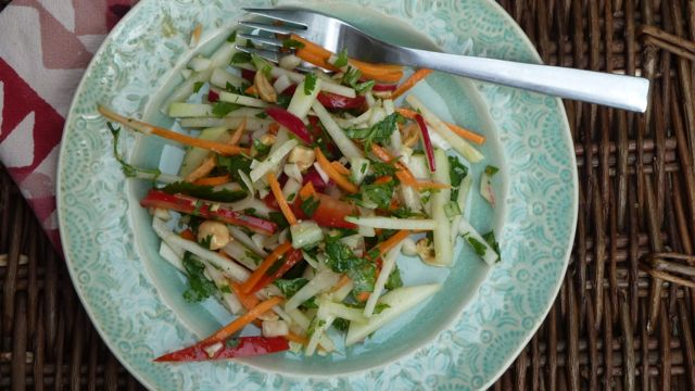 Kohlrabi Slaw with Peanuts, Ginger and Carrots