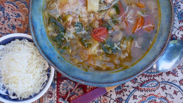 Escarole Soup with White Beans